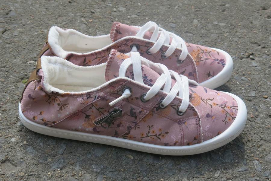 Chaussures pour femme FOAMY II vues de profil